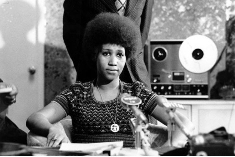 Take your rest, now dear Queen of Soul !👑 She was not only a musical phenom, she was also an advocate for social justice—a gift to humankind. The entire #PhilanderSmithCollege family salutes you. 🙏🏽 #ArethaFranklin