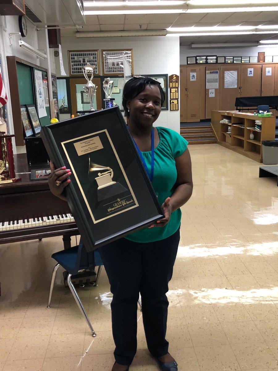 Mrs. Pulley an amazing Grammy award winning teacher at Iroquois!!! 💥💥💥