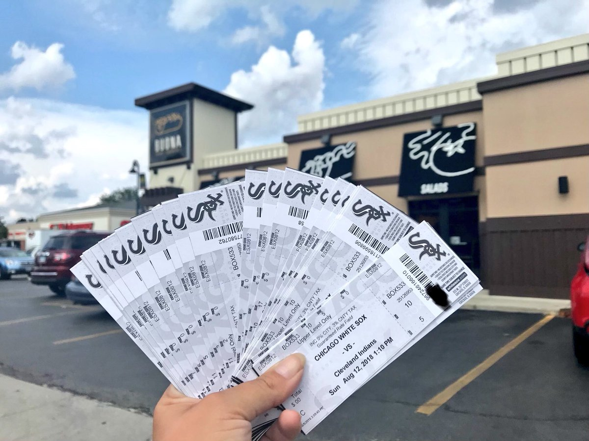 Want to win FREE Sox tickets for Sunday, 8/19? We&#39;re giving away 25+ tickets! To enter, RT and follow us. Winners chosen Friday afternoon. <br>http://pic.twitter.com/ESlTAkY8fB