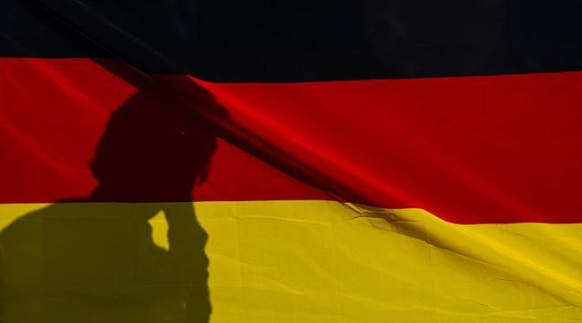 L' Allemagne adopte un projet de loi sur un «troisième genre» https://t.co/f13CfrVaEv