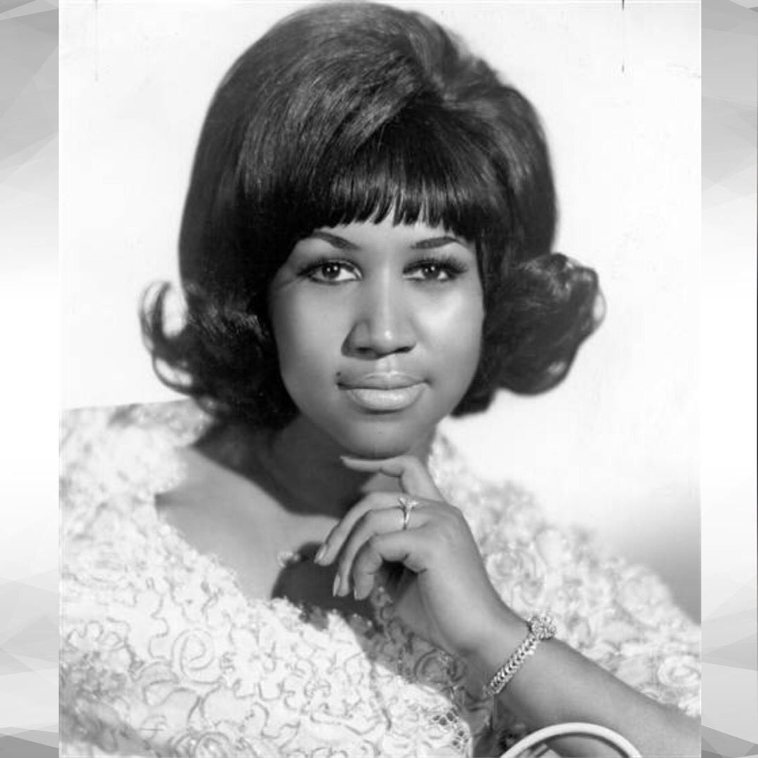 Rest In Peace to the Queen of Soul. Thank you for loving us deeply and sharing your brilliance, so that we may feel more because of your voice and music for lifetimes to come. • • #BlackLivesMatter  #ArethaFranklin<br>http://pic.twitter.com/Hox5SknE9N