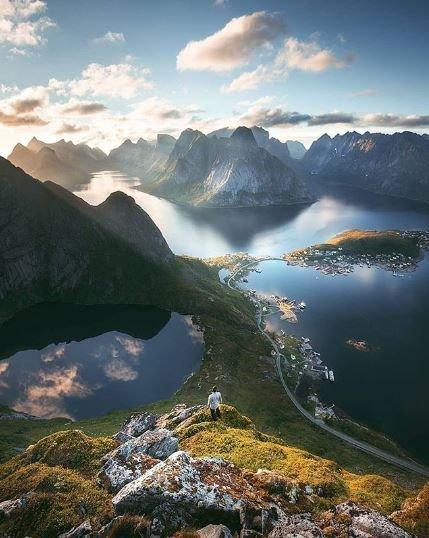 ...and it was a worthy trek  @GalsWander @adam_asher @RoarLoudTravel @loveGoldenHeart @SouthernerSays @HHLifestyleTrav @always5star @Sostraveluk @Fit_life360 @glasgow_bruce @RoadtripC @XeniaKaepernick  Location: Lofoten Islands, Norway Photo by: @tomashavel #travelthursday<br>http://pic.twitter.com/rtpPWzFspk