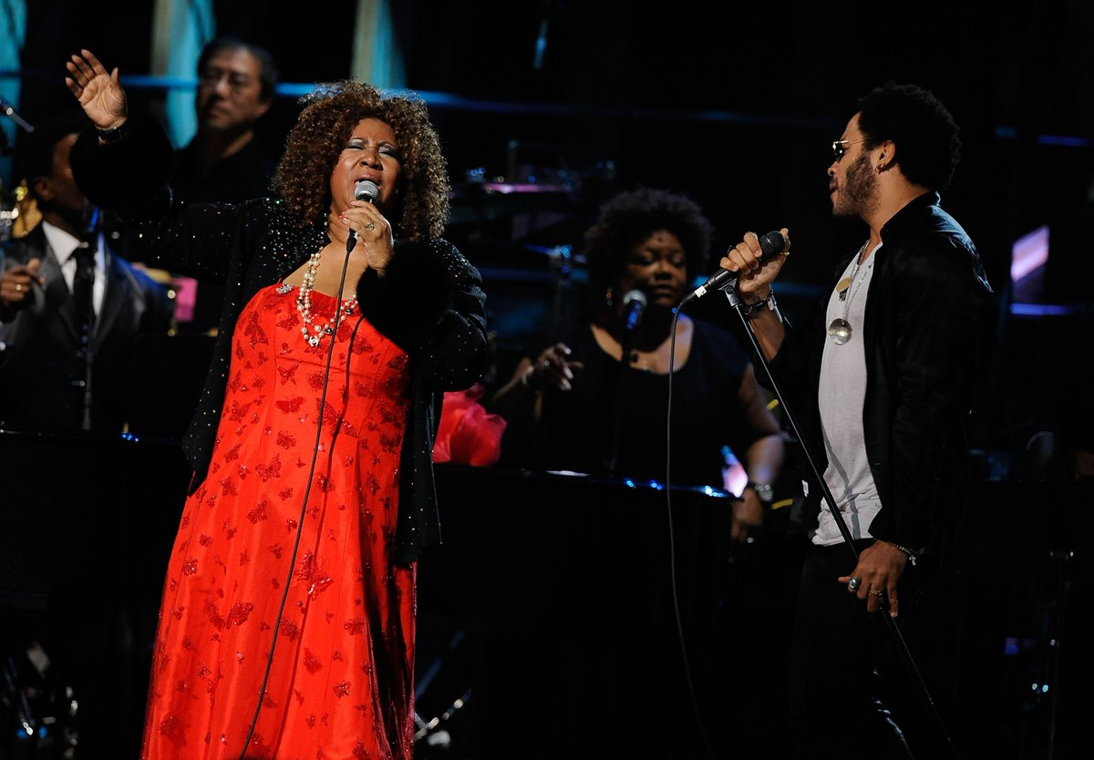 .@LennyKravitz on Aretha Franklin: &quot;The Queen of Soul has left this earth to sit on her throne in heaven. How blessed we were to hear the best that God had to offer in her voice. RESPECT!&quot;  http:// thr.cm/hhw9mu  &nbsp;  <br>http://pic.twitter.com/p5TVLzFvfp