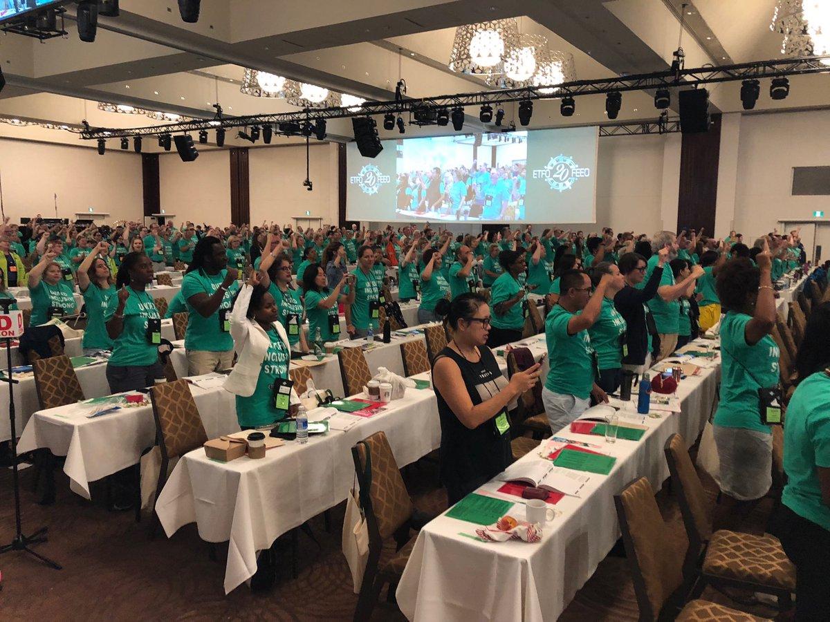 A sea of green - #etfo solidarity! #ETFOam2018<br>http://pic.twitter.com/P0wQ2bpaTp