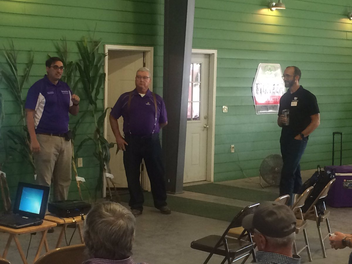 Great to host @KStateRschExtn corn technology field day today. @KSUCROPS and @bmccornack emphasize &quot;our farms must have a systems mindset and approach to management&quot; and are working to reflect that approach in their research. @KSU_PrecisionAg @KStateAgron<br>http://pic.twitter.com/RuKBKMTVXu