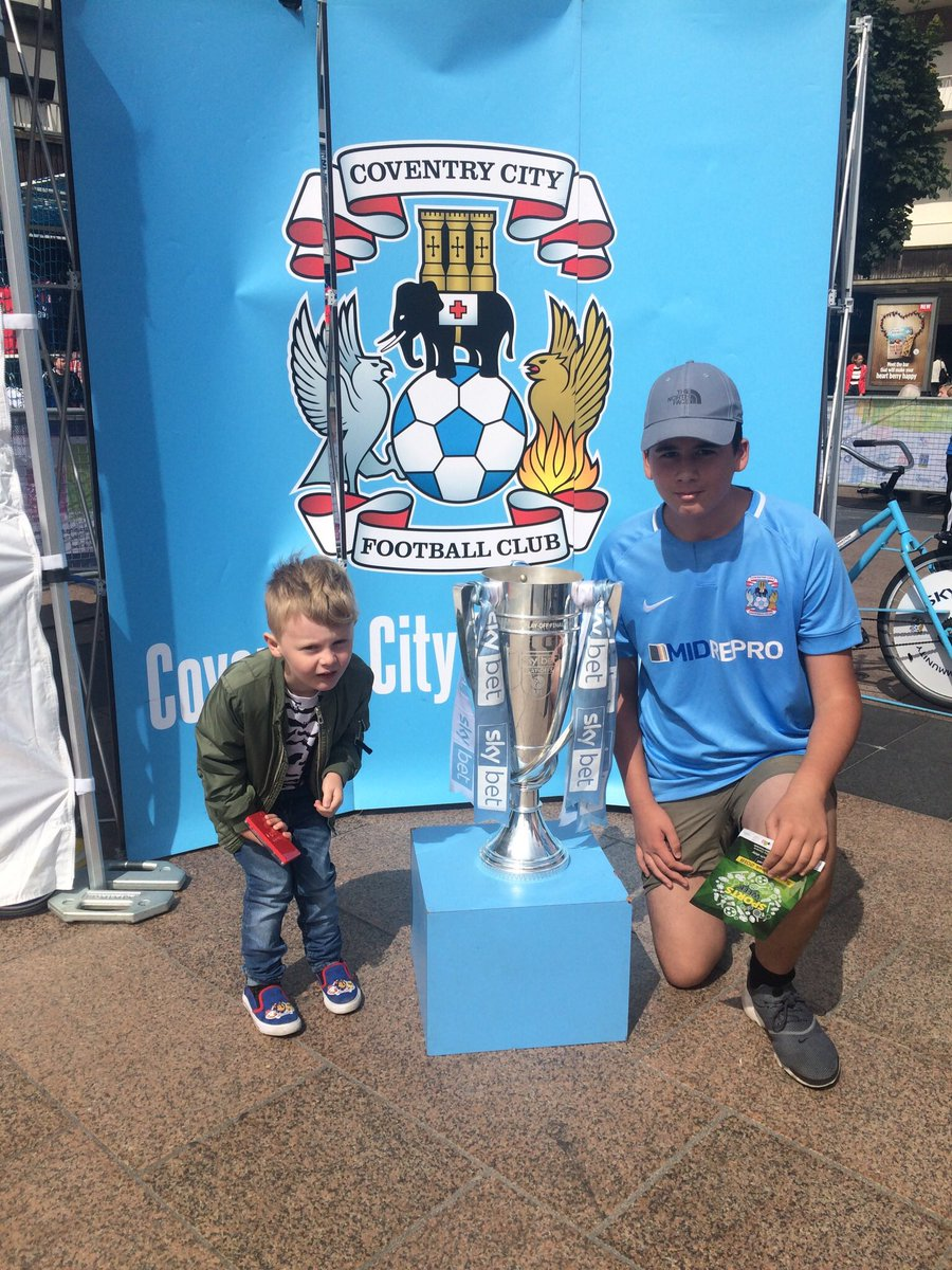 Me and the little man had a class day cheers @Coventry_City @SBitC_CCFC #PUSB #RiseTogether<br>http://pic.twitter.com/SoVwt83HAo