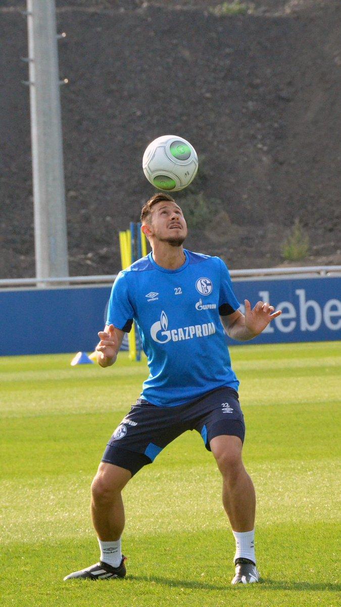 Letzte Einheit vorm ersten #S04-Pflichtspiel der neuen Saison. Der @DFB_Pokal kann kommen! 🔥