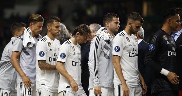 Loa a la mediocridad: el antimadridismo festeja la primera derrota europea del Real Madrid... ¡después de 18 años! ✍ trib.al/rFysD1H Opinión por @juanma_rguez