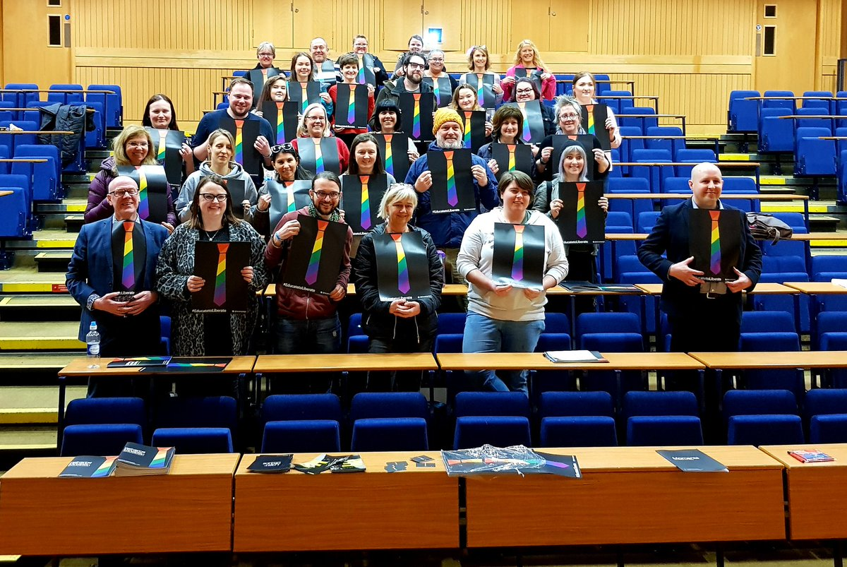 Teachers! Want to learn how to deliver LGBT-inclusive education? Our free to attend training for Primary &amp; Secondary teachers is returning &amp; this time we&#39;re in Glasgow. Each session is delivered by award winning teachers - a live link for bookings will be posted here on Monday. <br>http://pic.twitter.com/sEJmwqpyGF