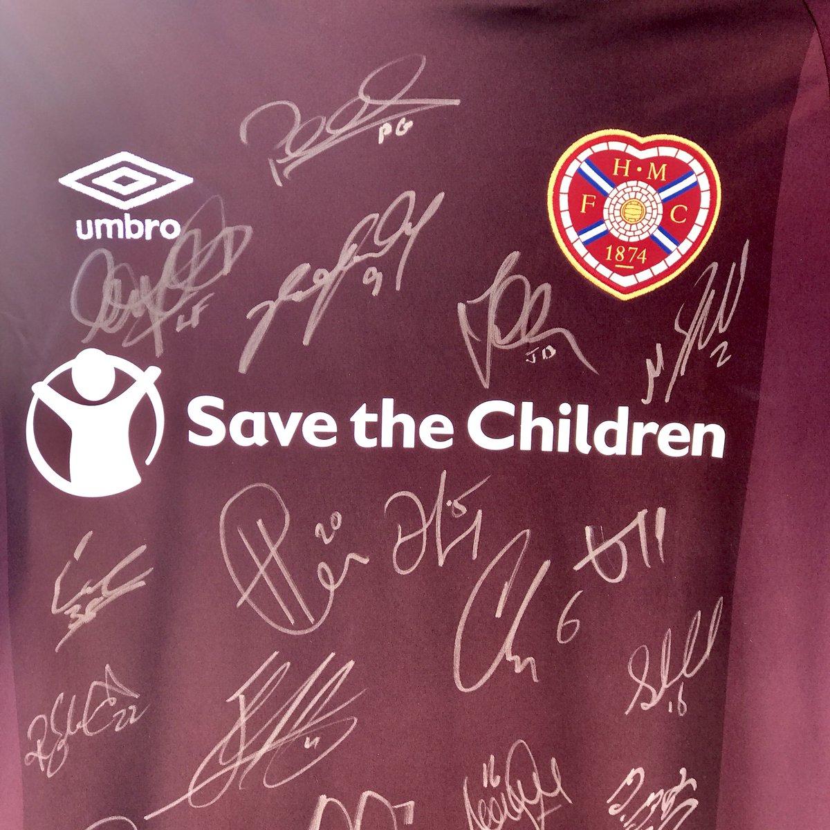 Fancy winning a signed 2018/19 replica top? 🧐  Simply retweet this tweet & follow the Clubstore's new Twitter @HeartsClubstore 👍