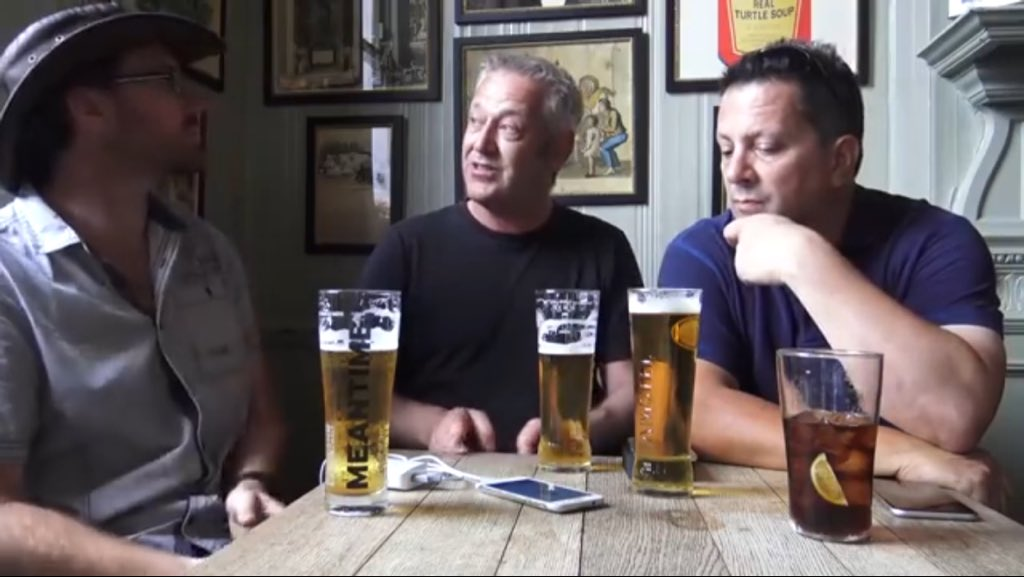 #3BlokesInAPub I want to buy you a round of drinks!   If you haven&#39;t seen this video. Take the time to listen. They&#39;re not politicians. They&#39;re everyday people.   #FinalSay #PeoplesVote    https:// youtu.be/Sx4AF-3Rd44  &nbsp;  <br>http://pic.twitter.com/kAgXOBKNw3