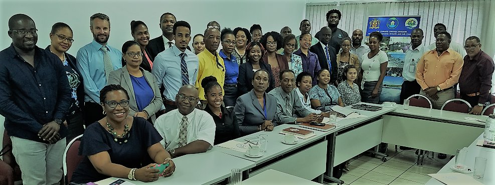 #Jamaica is first among 6 Caribbean nations participating in new phase of #TechnologyNeedsAssessments. This week @UNEPDTU is collaborating with @UWImona and @mwlecc to discuss #climatetech with Jamaican stakeholders.<br>http://pic.twitter.com/mQdvI6wXrr