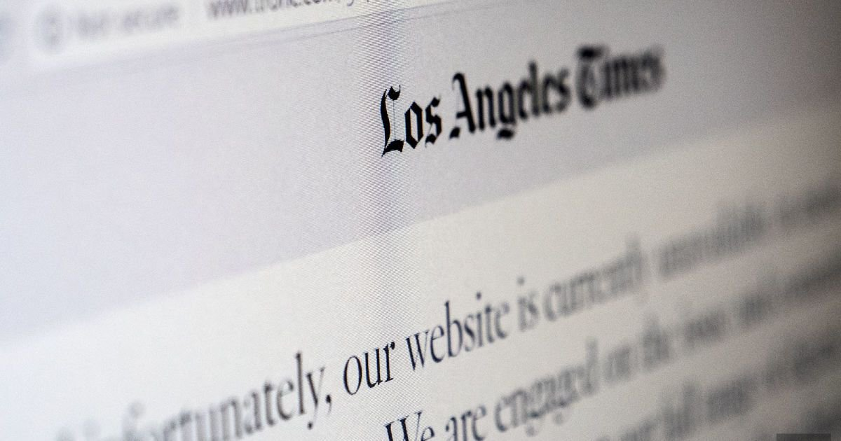 Sites like the Chicago Tribune and LA Times are off limits in Paris and London.  https:// buff.ly/2vN7egA  &nbsp;   #GDPR #compliance #dataprotection #dataprivacy #personaldata <br>http://pic.twitter.com/t9FuBtWisH