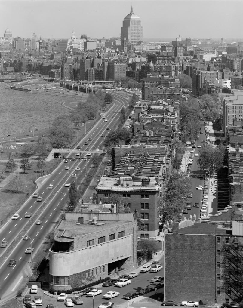 #ThrowbackThursday: The Boston skyline is nearly unrecognizable as viewed down Bay State Rd in 1964.