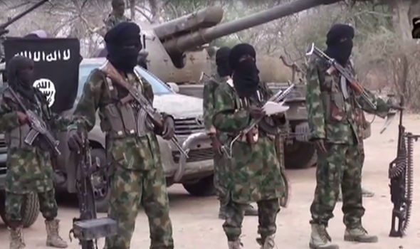 "#NIGERIA Govt paid ""large ransom"" to #BokoHaram in exchange for 111 schoolgirls kidnapped in #Dapchi, Yobe state, 18 Feb 2018. Insurgents are funded through extortion, charitable donations, smuggling, remittances and ransom #kidnapping – New #UN report.<br>http://pic.twitter.com/eHZFjfQKoh"