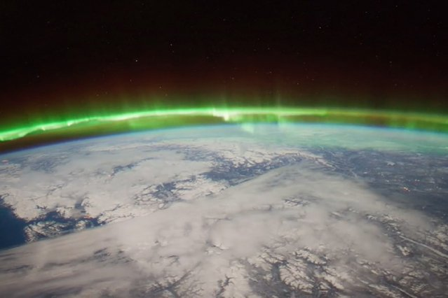 Study: Hole in ionosphere is caused by sudden stratospheric warming  http:// mitsha.re/UbsU30liHKT  &nbsp;  <br>http://pic.twitter.com/Oec4bykf5m