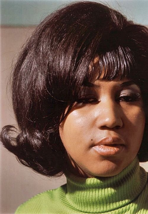 REST IN POWER ARETHA FRANKLIN. THANKS FOR TOUCHING ALL OUR SOULS WITH YOUR BEAUTIFUL TALENT.  an angel on earth, angel in the clouds <br>http://pic.twitter.com/WnZgRKztES