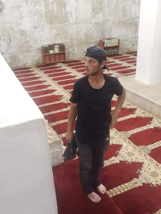 This man was arrested after he was found digging at the underground Musalla al Marwani at Masjid al-Aqsa #MasjidAlAqsa #HandsOffAlAqsa<br>http://pic.twitter.com/mhJnk3gwa0