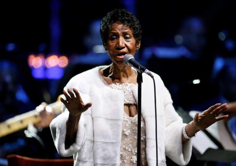 Morre aos 76 anos a cantora Aretha Franklin  https://t.co/LiDMHmDghQ