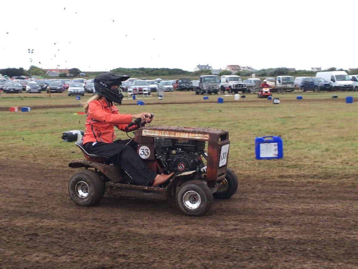 Lawn Mower Racing >> Sophia Bird Itv On Twitter Yes This Is Me Lawn Mower