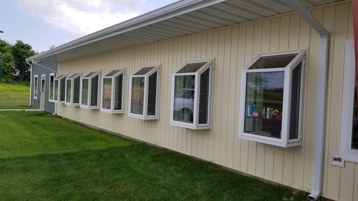 Simonton Supplied Seven Garden Windows For Our Furry Friends. The Cats Are  Happily Sunbathing In Their New Nooks.pic.twitter.com/6VoOWY4W0J