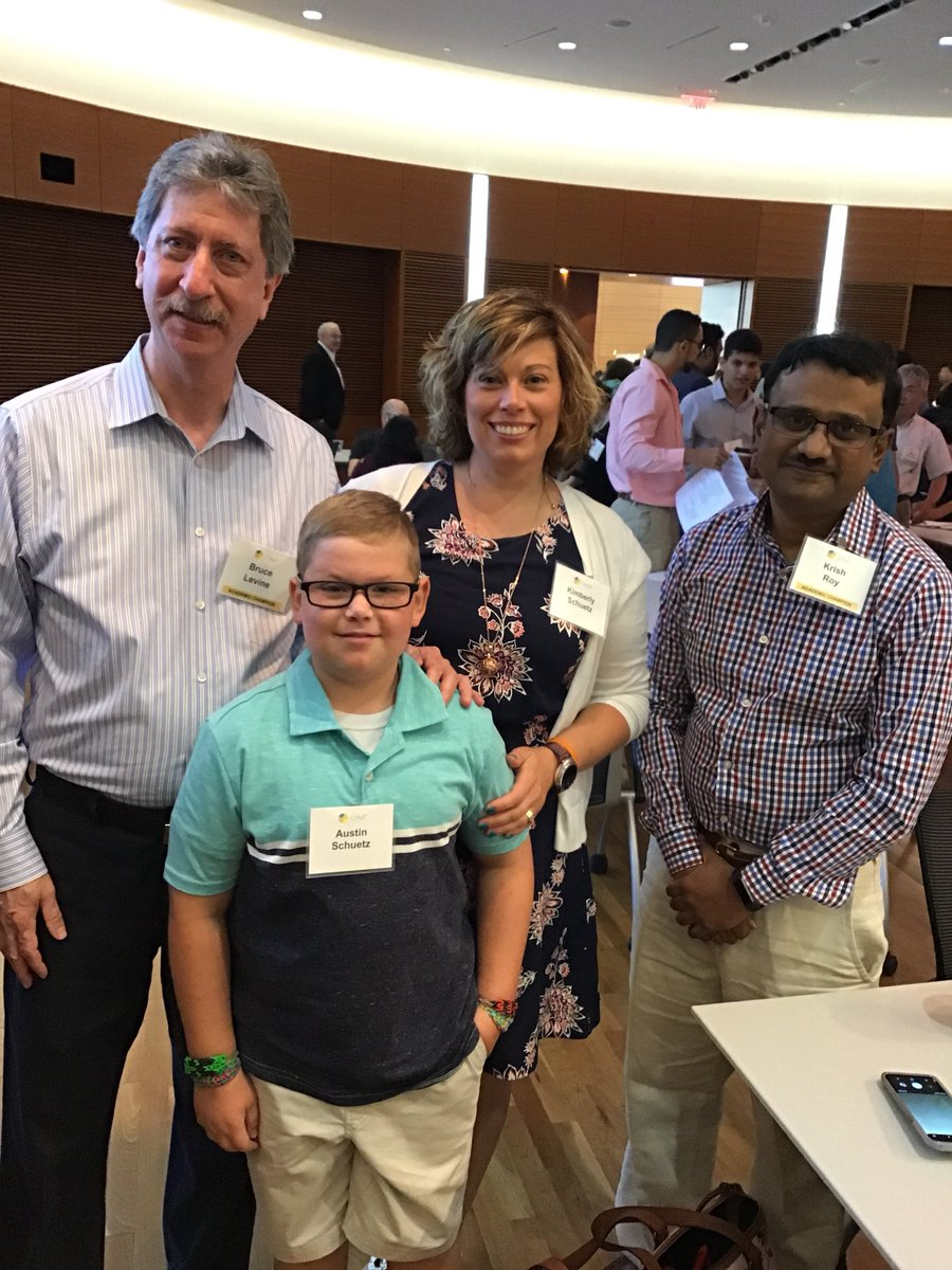"""CAR-T cells are cool. They go inside your body &amp; kill all the cancer,"" said Austin Schuetz who is 5 yrs cancer free thanks to cell therapies. A big thanks to Austin &amp; his mom for coming to speak with us today! @KrishRoyLab @BLLPHD<br>http://pic.twitter.com/nmKxhd0Fhv"