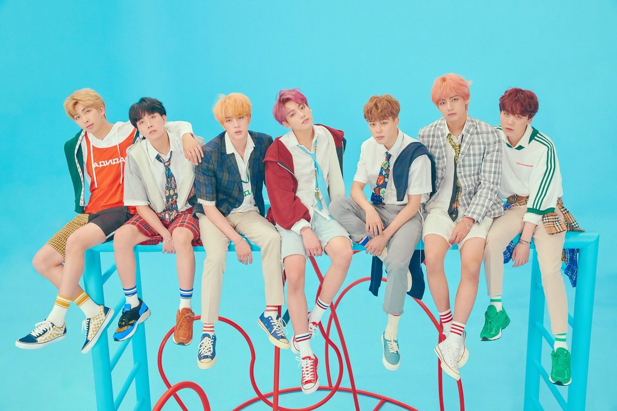 I can hear the uglies who were complaining about the last concept photos crawling their way back into the line   Loving the contrast between this bright energy and their last photos. BTS never disappoints. Kings of versatility  <br>http://pic.twitter.com/knRdxgZwfB