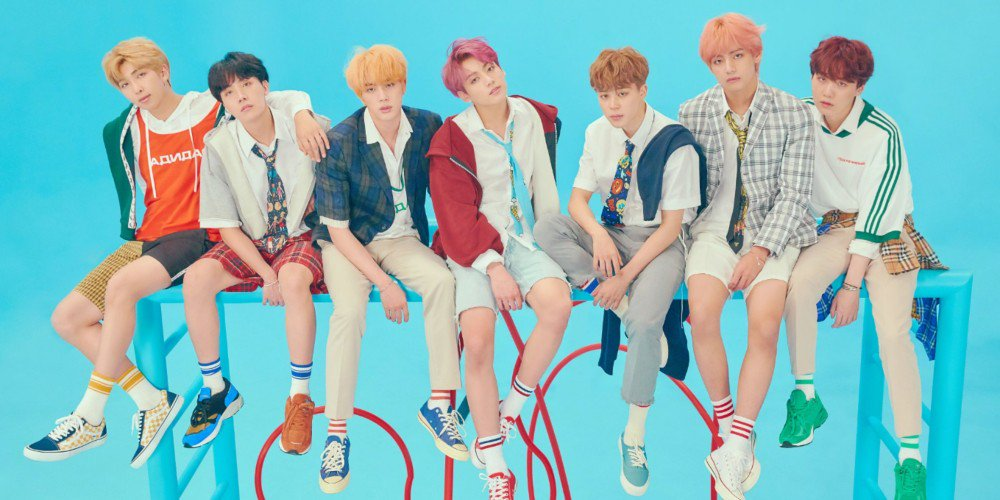 #BTS drop L and F versions of '#LOVE_YOURSELF Answer' concept photos https://t.co/ohsu14ucMC