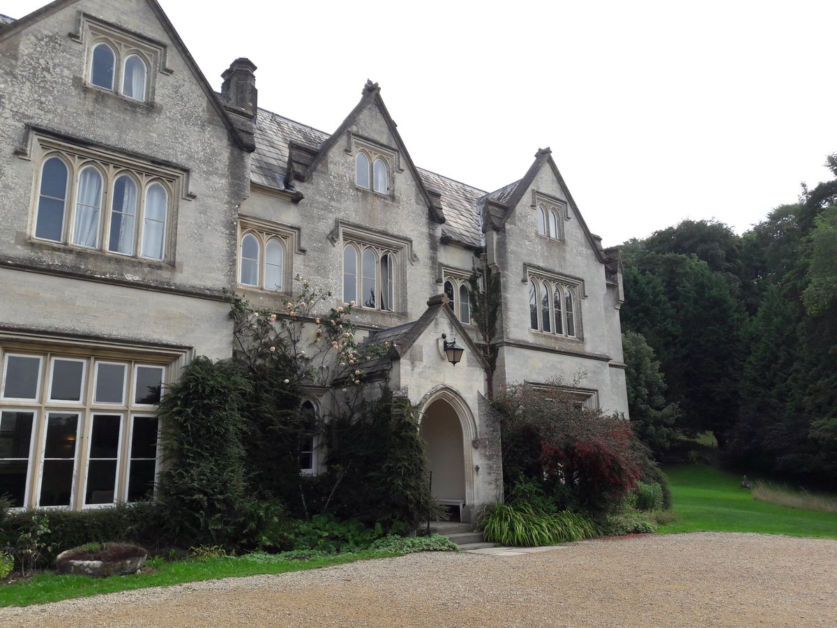 Day 2 of the BSO String Residential at the stunning @HawkwoodCollege. Today we explore string quartets by Haydn, Borodin and Beethoven, on top of our orchestral work with Britten&#39;s Simple Symphony and Mendelssohn&#39;s String Symphony No.10. Spirits are high!! #BSOParticipate<br>http://pic.twitter.com/BHRpQ6aXnf