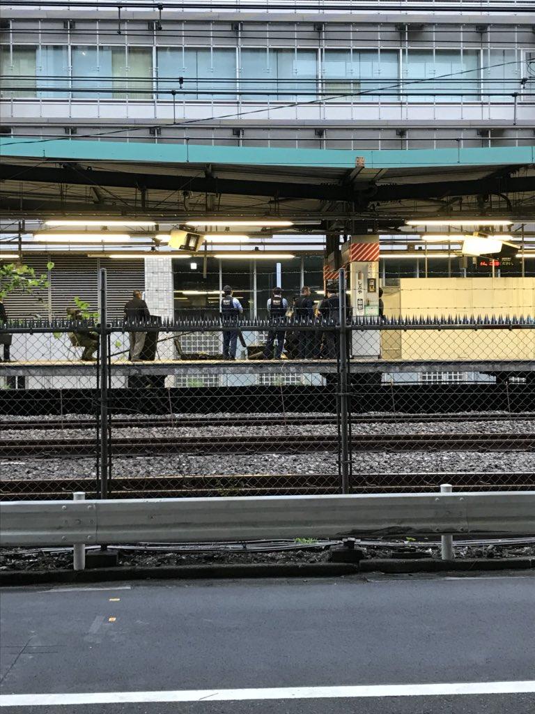 山手線の渋谷駅で不審物が見つかる現場の画像