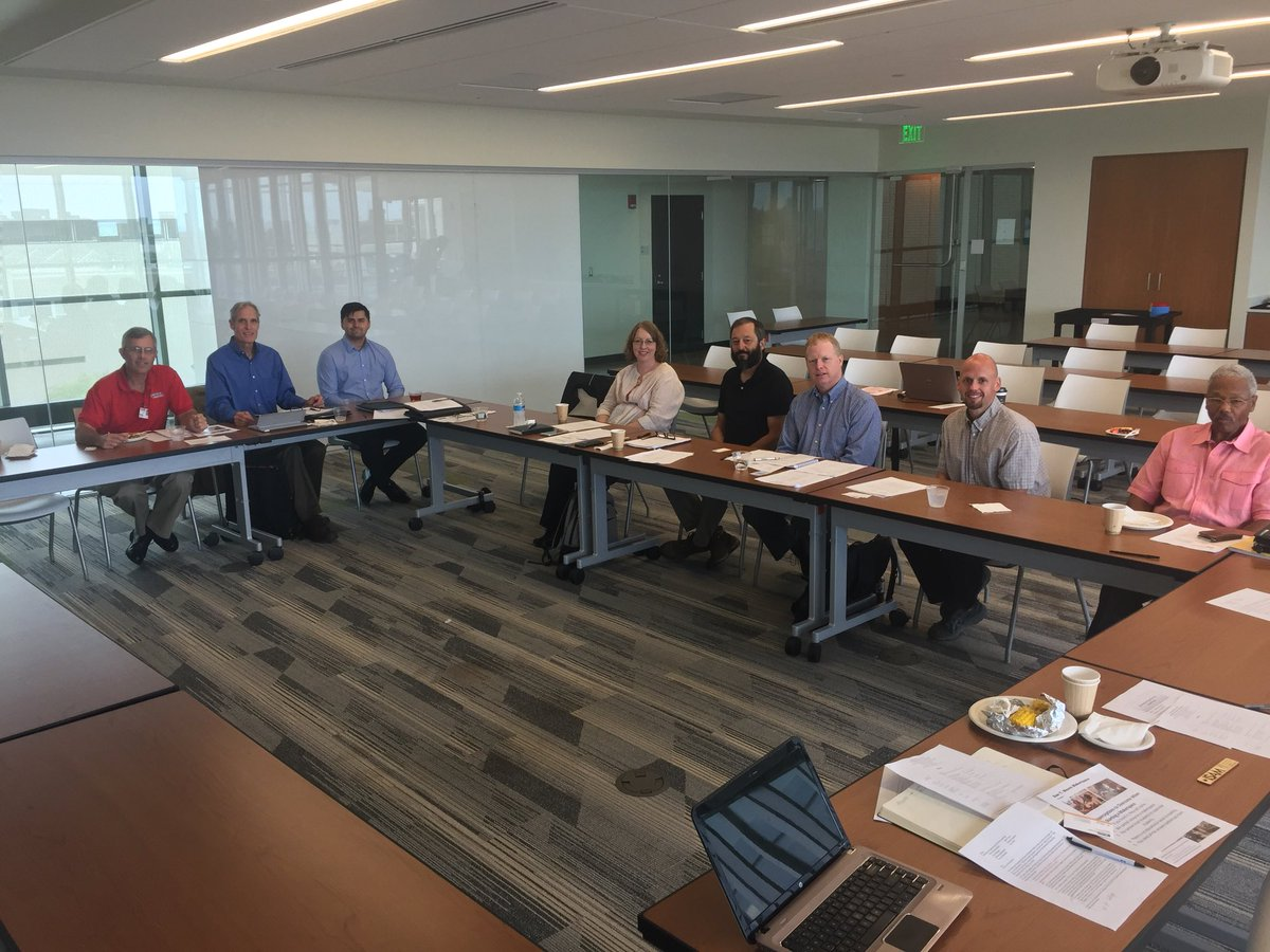"Exciting morning presenting on our #makerspace to the Mechanical Engineering Advisory Committee. Great people from @LincolnElectric @STERIS @ParkerHannifin and other #CLE companies helping @CSUWashkewicz educate ""ready-to-go"" engineers.<br>http://pic.twitter.com/R63hgskfO4"