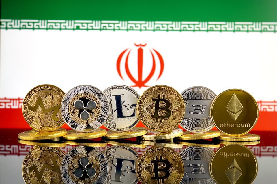 &quot;Russia, Venezuela and now Iran are making it clear that they intend to resist U.S. sanctions by adopting blockchain technology-based mechanisms.&quot;  http:// on.forbes.com/6015DvbWc  &nbsp;   by @SignCurve<br>http://pic.twitter.com/6fHUonjLCI