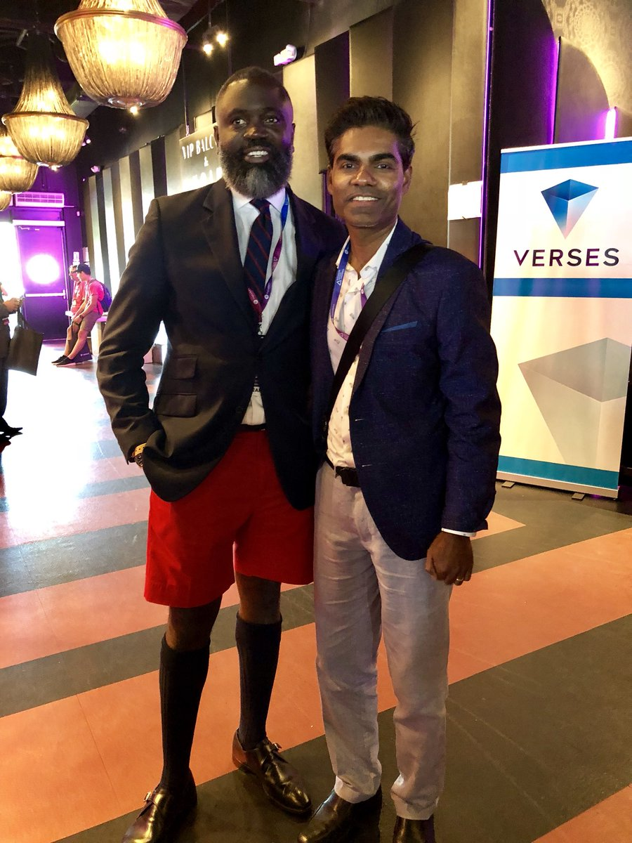 With The Hon. Wayne M. Caine's JP, MP , Minister of National Security The Government of Bermuda at #futurist18 conference in Toronto. Anyone want to setup crypto company? Look into Bermuda and what they offer. #blockchain #crypto #cryptocurrency