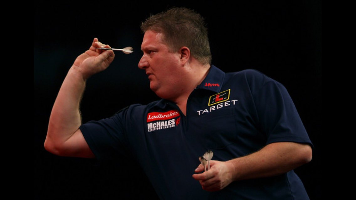 Delighted that @ColinJawsLloyd, the former world no 1 darts player, is joining us next month at @barnhambroom on 'Norfolks biggest ever celebrity charity golf day' ! @Russ180 @KDeller138
