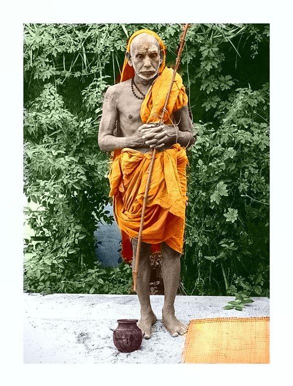 Digitally Remastered High Resolution Old Sri PeriyavaPictures  http:// mahaperiyavaa.blog/2018/08/16/dig itally-remastered-high-resolution-old-sri-periyava-pictures/ &nbsp; … <br>http://pic.twitter.com/14zBksWN59
