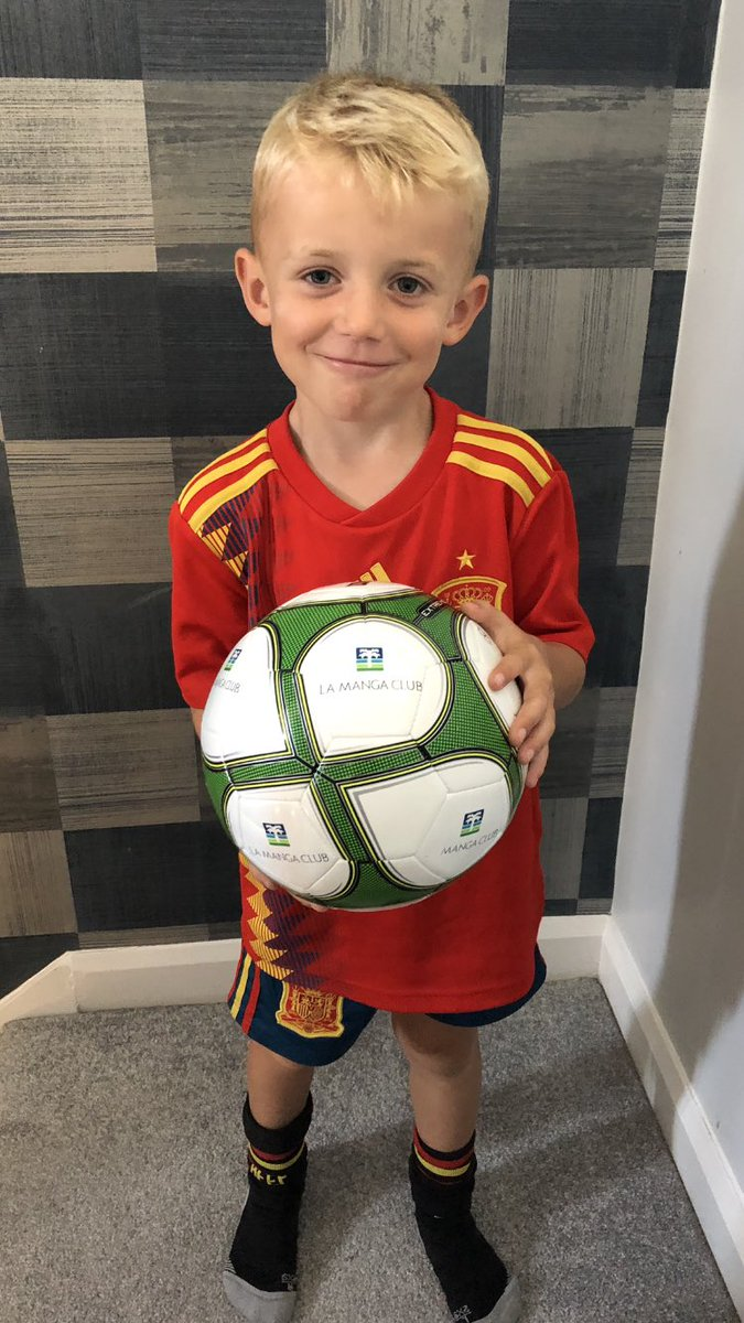 Thank you @CoachCosson for the new @LaMangaClub ball after a great time at the football academy! It made the trip home safely! See you next year ⚽️👊!!