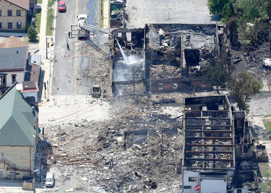 Sun Prairie buildings destroyed by explosion will be gone by end of August, officials say  https:// madison.com/wsj/news/local /sun-prairie-buildings-destroyed-by-explosion-will-be-gone-by/article_22def6d9-ba1e-5e54-8f8b-da9141e0ace4.html?utm_source=twitter.com&amp;utm_medium=social&amp;utm_campaign=wisconsin%20state%20journal &nbsp; … <br>http://pic.twitter.com/2NnRR1bWqL