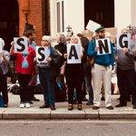 #FreeAssange #Unity4J  @Suzi3D - @AssangeMrs Vigil at the #Ecuador Embassy happening now. @JulianAssange #Wikileaks #HumanRights #RightToHealthCare  #DontShootTheMessenger