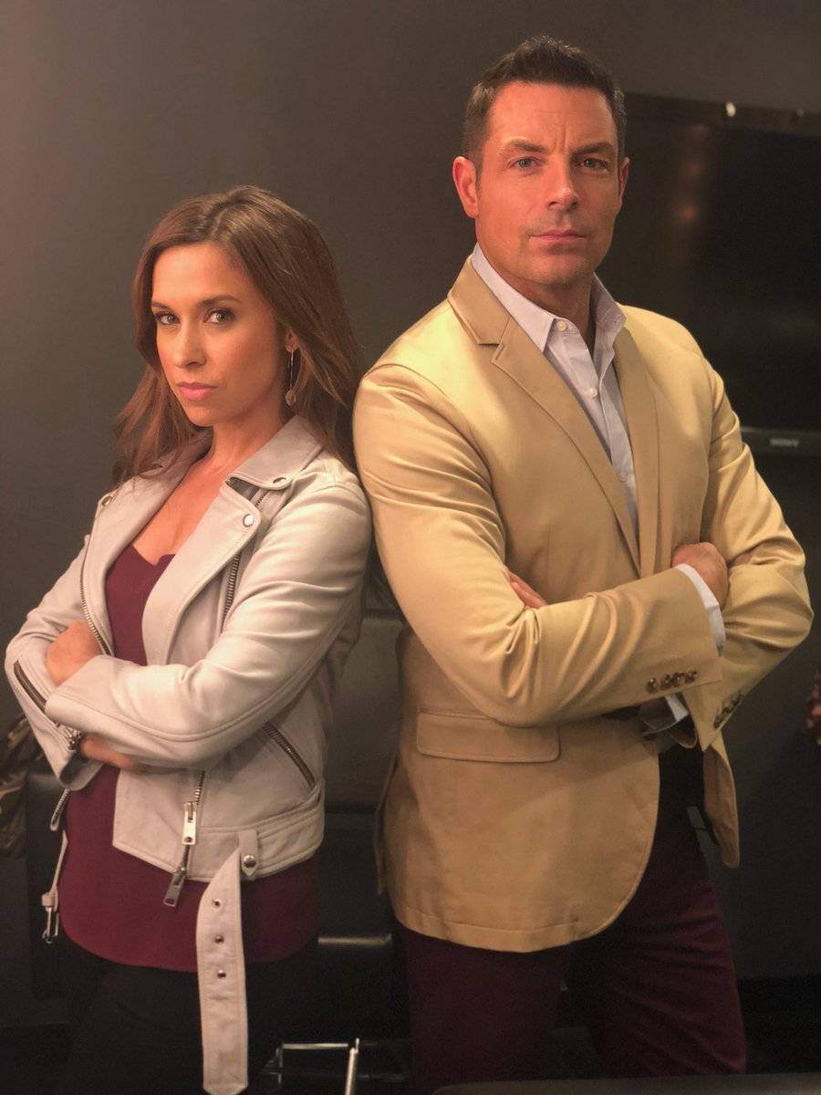 It&#39;s my pleasure 2 introduce you 2 Tess Harper, Crossword Editor &amp; Detective Logan of #CrosswordMysteries. They&#39;ll b coming N2 ur home soon w/intriguing &amp; fun mysteries. It&#39;s gonna b fun 2  a working relationship form when their &#39;s collide all b/c of CW clues. @hallmarkmovie<br>http://pic.twitter.com/Y7QeeHBx18