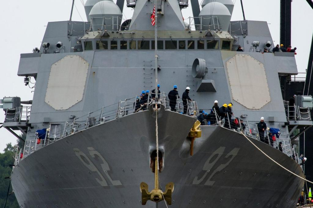 MT @USPacificFleet: #USSMomsen arrived in Anchorage, Alaska, Wednesday, in conjunction with the ongoing #Arctic Maritime Symposium, an event hosted by Alaskan Command to address strategic challenges of operations in the region. #DDG92 #USNavy #ArcticOps<br>http://pic.twitter.com/QfE6iY9atc
