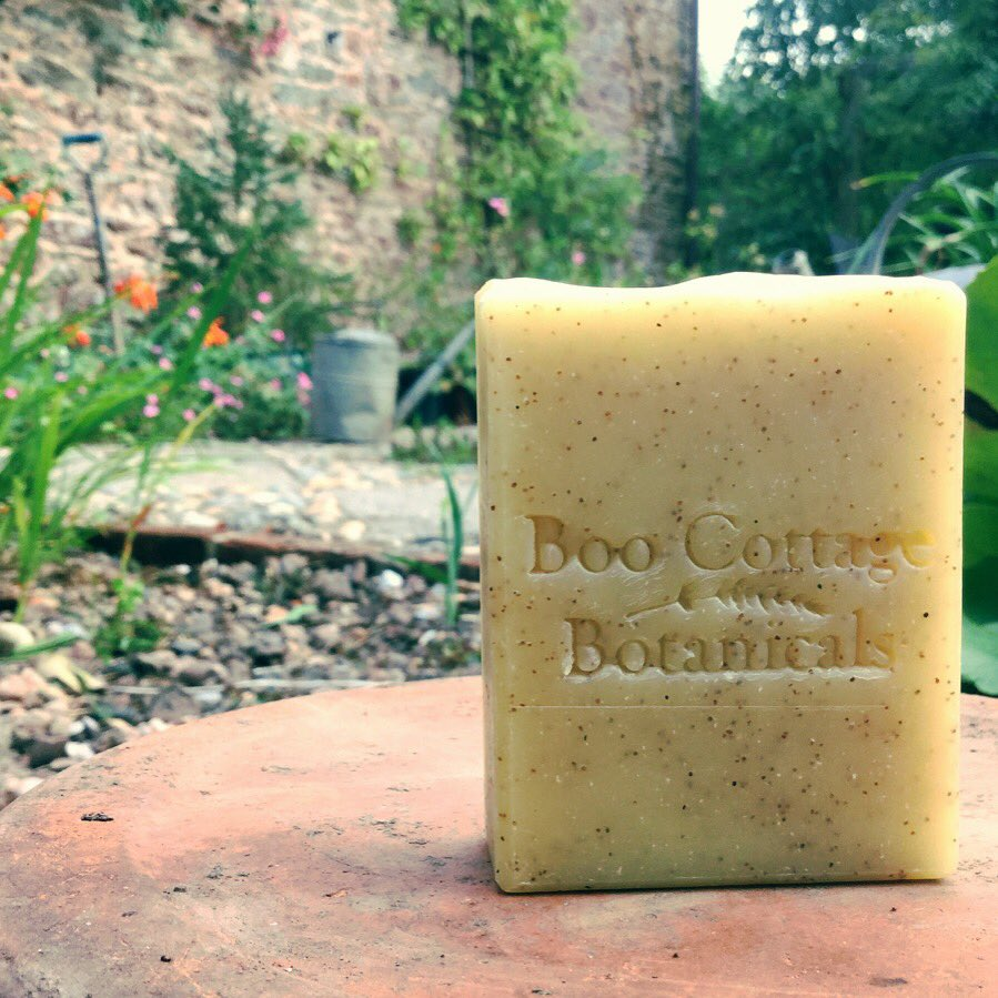 NEW PRODUCT! We&#39;re launching our new Gardener&#39;s Scrub in September. With Shea butter and an uplifting fragrance that includes fennel + bergamot its &#39;scrubbiness&#39; comes from pumice and ground walnut..no #microplastics here!  #somerset #plasticfree #handmadehour<br>http://pic.twitter.com/VGs1RpK8bk