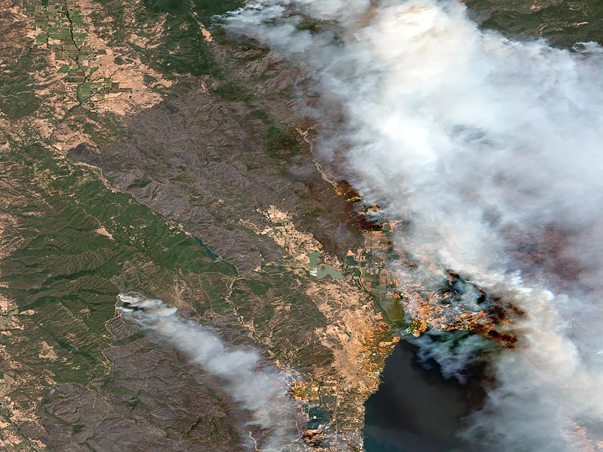 Through our Open Data Program we have released pre- and post-event imagery for the #MendocinoComplex Fire and the Indonesian #earthquake. To access the data and find more information on the events read our latest blog post. #opendata  http:// ow.ly/UjuF30lr6mk  &nbsp;  <br>http://pic.twitter.com/Pw3a82yPCx