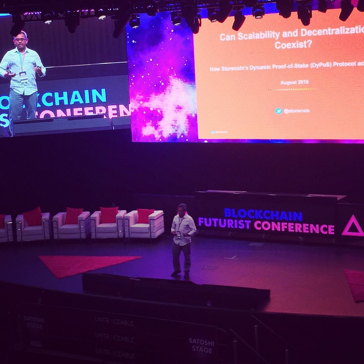 CTO Rag presenting @storecoins solution to the The Decentralization Trilemma* in Toronto at #futurist18.