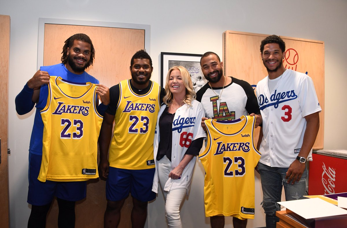 '@JeanieBuss blessed us w/ that  @lakers jersey. Thanks for visiting @joshhart. Come through @KingJames  look forward to welcoming you to #LA. #KenleyforniaLove<br>http://pic.twitter.com/N9toxNsFNY
