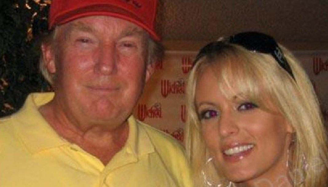 Stormy Daniels should&#39;ve waited...  Instead of dealing with Michael Cohen for a *measly* $130K hush money payoff, she could&#39;ve gotten $15K a month offer from Lara trump like Omarosa and everybody else. <br>http://pic.twitter.com/l3vhTHI5il