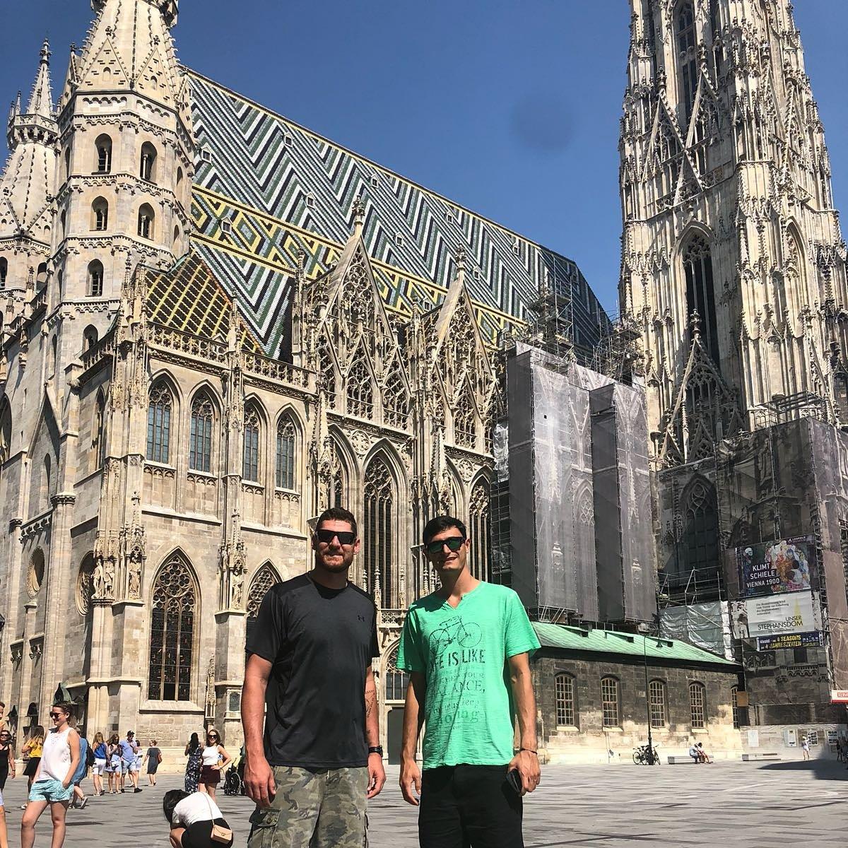 #tbt Nossa passagem por Viena, uma das cidades mais bonitas do Circuito Mundial. Lugar inspirador https://t.co/LUf6ODIw84