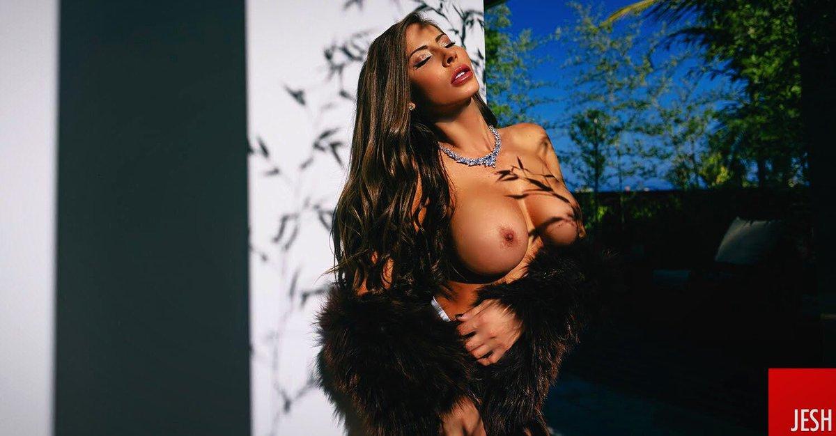 Madison Ivy  - This diamond twitter @Madison420Ivy