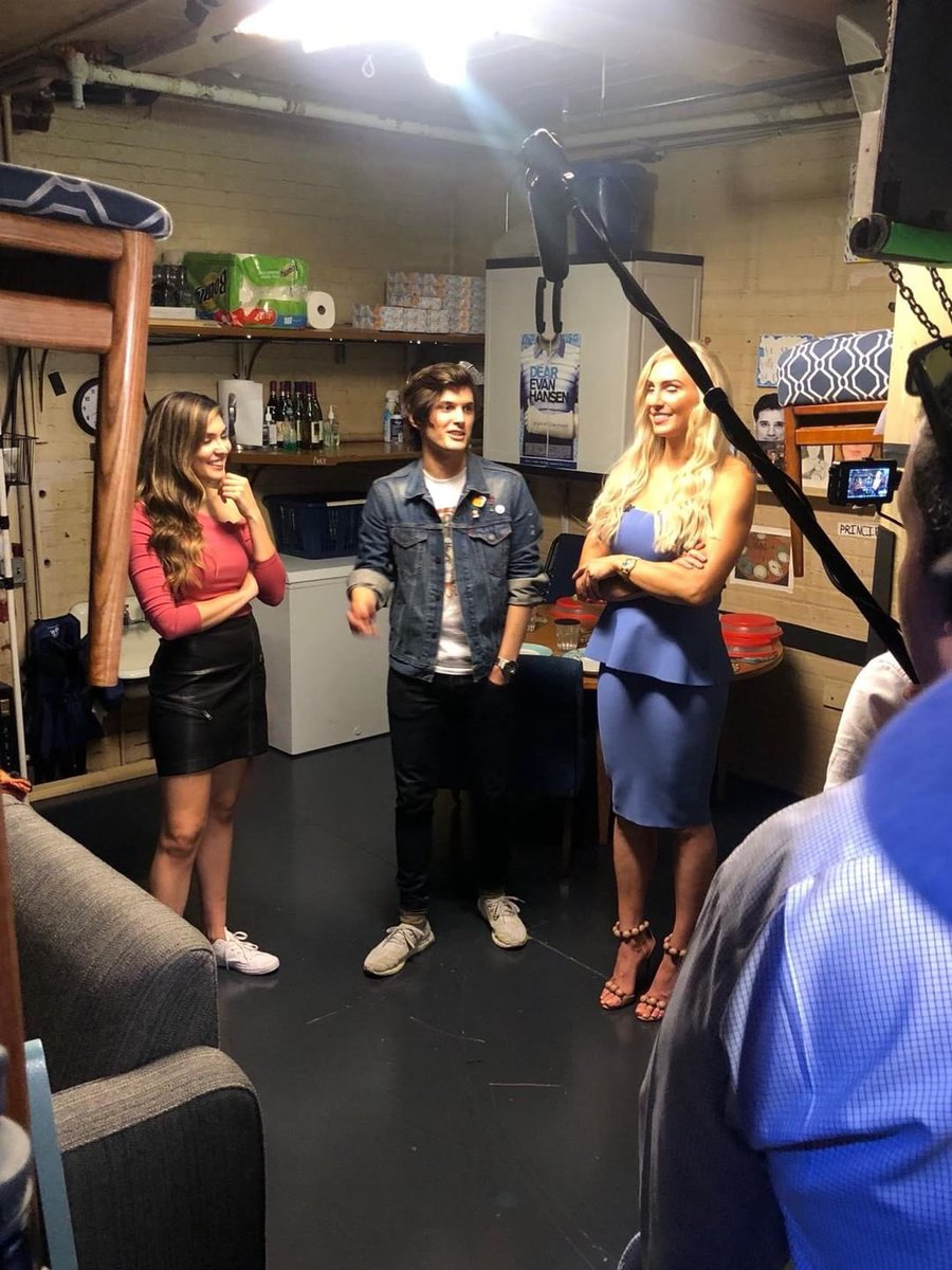 It was so great to meet @AlexBoniello with @catherinekelley tonight talking broadway, wrestling, anti-bullying and of course his amazing play @DearEvanHansen a must see! #SummerSlam