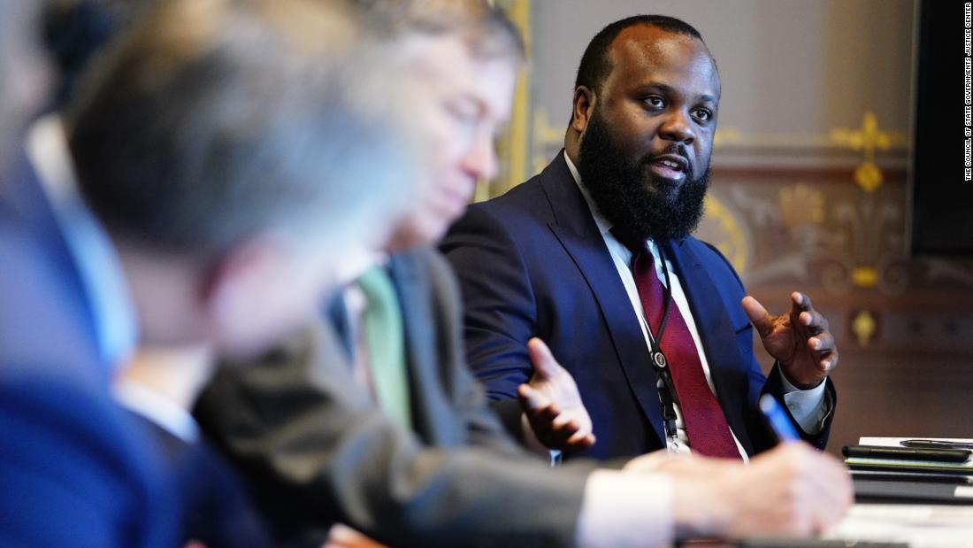 Meet JaRon Smith: The most senior black aide on President Donald Trumps staff cnn.it/2BhWNYw