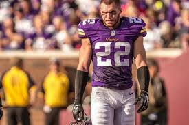 Better safety.  RT- Harrison Smith Like- Landon Collins <br>http://pic.twitter.com/3hg5AAF9Kq